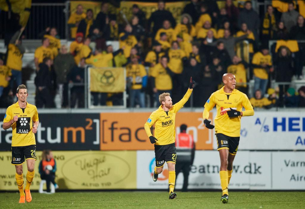 0c59c4af AC Horsens har solgt Jonas Thorsen til Eintracht Braunschweig. Den 28-årige  spiller skifter til den tyske klub med øjeblikkelig virkning