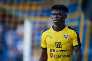 Emmanuel Sabbi, Hobro