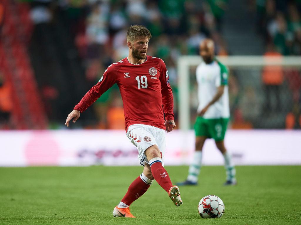Lasse Schøne for Danmark