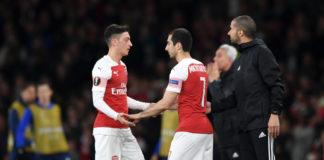 Mesut Özil bliver erstattet af Henrikh Mkhitaryan