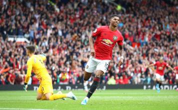 Manchester United v Chelsea FC - Premier League image