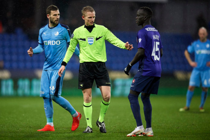 Awer Mabil, Kevin Conboy