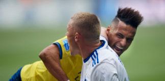 Fischer og Mukhtar i infight