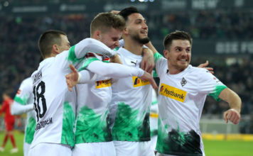 Borussia Moenchengladbach v FC Bayern Muenchen - Bundesliga image