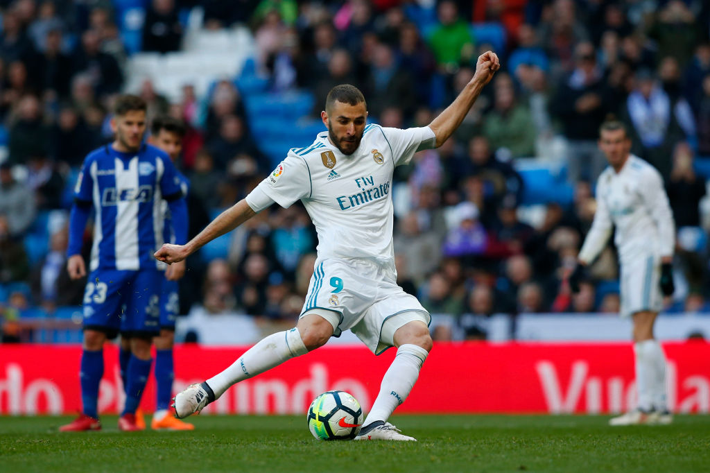 e832384a040 Real Madrid sets offer to beat Manchester United to €150million transfer