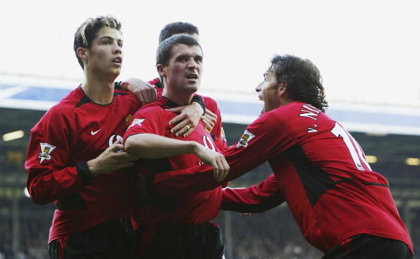 Roy Keane celebrates the winning goal