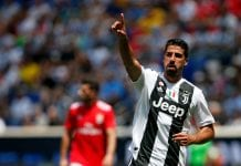 HARRISON, NJ - JULY 28: Sami Khedira #6 of Juventus gestures against Benfica during the International Champions Cup 2018 match between Benfica and Juventus at Red Bull Arena on July 28, 2018 in Harrison, New Jersey. (Photo by Adam Hunger/Getty Images)