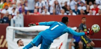 LANDOVER, MD - AUGUST 04: Keylor Navas #1 of Real Madrid is unable to save an own goal scored by Dani Carvajal #2 of Real Madrid in the first half against Juventus during the International Champions Cup 2018 at FedExField on August 4, 2018 in Landover, Maryland. (Photo by Patrick McDermott/Getty Images)