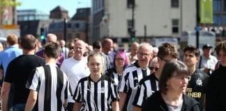 NEWCASTLE UPON TYNE, ENGLAND - AUGUST 11: Fans arrive ahead of the Premier League match between Newcastle United and Tottenham Hotspur at St. James Park on August 11, 2018 in Newcastle upon Tyne, United Kingdom. (Photo by Jan Kruger/Getty Images)