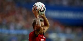 HAMBURG, GERMANY - AUGUST 15: Rafinha of Muenchen throws the ball during the Friendly match between Hamburger SV FC Bayern Muenchen at Volksparkstadion on August 15, 2018 in Hamburg, Germany. (Photo by Martin Rose/Bongarts/Getty Images)