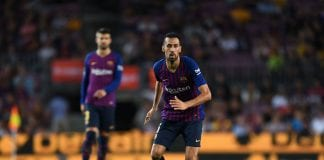 BARCELONA, SPAIN - AUGUST 18: Sergio Busquets of FC Barcelona runs with the ball during the La Liga match between FC Barcelona and Deportivo Alaves at Camp Nou on August 18, 2018 in Barcelona, Spain. (Photo by David Ramos/Getty Images)