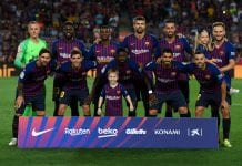 BARCELONA, SPAIN - AUGUST 18: FC Barcelona players pose for a team picture during the La Liga match between FC Barcelona and Deportivo Alaves at Camp Nou on August 18, 2018 in Barcelona, Spain. (Photo by David Ramos/Getty Images)