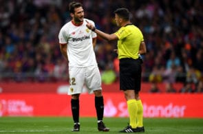 MADRID, SPAIN - APRIL 21: Sevilla's Franco Vázquez has words with the referee during the Spanish Copa del Rey match between Barcelona and Sevilla at Wanda Metropolitano on April 21, 2018 in Barcelona, . (Photo by David Ramos/Getty Images)