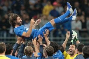 MILAN, ITALY - MAY 21: Andrea Pirlo celebrates with his teammates at the end of Andrea Pirlo Farewell Match at Stadio Giuseppe Meazza on May 21, 2018 in Milan, Italy. (Photo by Emilio Andreoli/Getty Images)