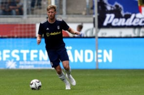 DUISBURG, GERMANY - JULY 28: Tim Ream of Fulham runs with the ball during the second semi final match between FC Fulham and Athletic Bilbao at Schauinsland-Reisen-Arena on July 28, 2018 in Duisburg, Germany. (Photo by Christof Koepsel/Bongarts/Getty Images)