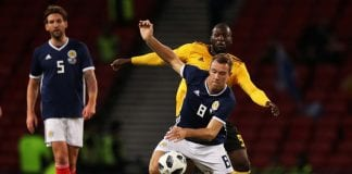 GLASGOW, SCOTLAND - SEPTEMBER 07: Kevin McDonald of Scotland battles for the ball with Romelu Lukaku of Belgium during the International Friendly match between Scotland and Belgium at Hampden Park on September 7, 2018 in Glasgow, United Kingdom. (Photo by Ian MacNicol/Getty Images)