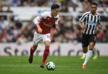 NEWCASTLE UPON TYNE, ENGLAND - SEPTEMBER 15: Mesut Ozil of Arsenal in action during the Premier League match between Newcastle United and Arsenal FC at St. James Park on September 15, 2018 in Newcastle upon Tyne, United Kingdom. (Photo by Stu Forster/Getty Images)