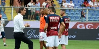 GENOA, GE - SEPTEMBER 16: Filippo Inzaghi speaks with Bologna players before the serie A match between Genoa CFC and Bologna FC at Stadio Luigi Ferraris on September 16, 2018 in Genoa, Italy. (Photo by Paolo Rattini/Getty Images)