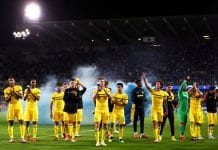 BRUGGE, BELGIUM - SEPTEMBER 18: Borussia Dortmund players celebrate victory at full-time after the Group A match of the UEFA Champions League between Club Brugge and Borussia Dortmund at Jan Breydel Stadium on September 18, 2018 in Brugge, Belgium. (Photo by Dean Mouhtaropoulos/Getty Images)