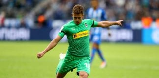 BERLIN, GERMANY - SEPTEMBER 22: Thorgan Hazard of Moenchengladbach runs with the ball during the Bundesliga match between Hertha BSC and Borussia Moenchengladbach at Olympiastadion on September 22, 2018 in Berlin, Germany. (Photo by Martin Rose/Bongarts/Getty Images)