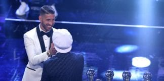 LONDON, ENGLAND - SEPTEMBER 24: Former Brazillian footballer, Ronaldinho presents Sergio Ramos of Real Madrid with a trophy for the FIFA FIFPro World11 Award 2018 during the The Best FIFA Football Awards Show at Royal Festival Hall on September 24, 2018 in London, England. (Photo by Dan Istitene/Getty Images)