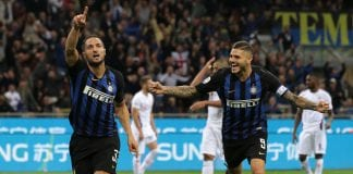 MILAN, ITALY - SEPTEMBER 25: Danilo D Ambrosio (L) of FC Internazionale celebrates his goal with his team-mate Mauro Emanuel Icardi during the Serie A match between FC Internazionale and ACF Fiorentina at Stadio Giuseppe Meazza on September 25, 2018 in Milan, Italy. (Photo by Emilio Andreoli/Getty Images)
