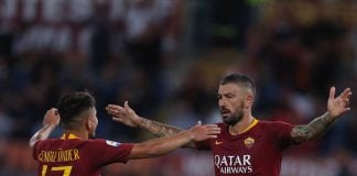 ROME, ITALY - SEPTEMBER 26: Cengiz Under with Aleksandar Kolarov of AS Roma celebrate after scoring the team's fourth goal during the Serie A match between AS Roma and Frosinone Calcio at Stadio Olimpico on September 26, 2018 in Rome, Italy. (Photo by Paolo Bruno/Getty Images)