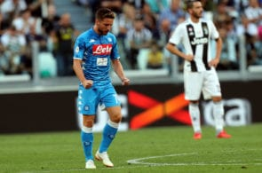 TURIN, ITALY - SEPTEMBER 29: Dries Mertens of SSC Napoli celebrates after scoring the opening goal during the Serie A match between Juventus and SSC Napoli at Allianz Stadium on September 29, 2018 in Turin, Italy. (Photo by Gabriele Maltinti/Getty Images )
