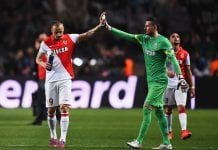 MONACO - APRIL 22: Dimitar Berbatov (L) of Monaco is consoled by goalkeeper Danijel Subasic of Monaco after the UEFA Champions League quarter-final second leg match between AS Monaco FC and Juventus at Stade Louis II on April 22, 2015 in Monaco, Monaco. (Photo by Laurence Griffiths/Getty Images)