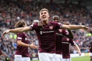EDINBURGH, SCOTLAND - SEPTEMBER 29: Jimmy Dunne of Heart of Midlothian celebrates after he scores his team's second goal during the Ladbrokes Premiership match between Heart of Midlothian and St Johnstone at Tynecastle Stadium on September 29, 2018 in Edinburgh, Scotland. (Photo by Ian MacNicol/Getty Images)