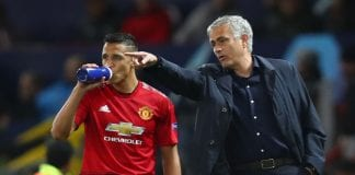 MANCHESTER, ENGLAND - OCTOBER 02: Jose Mourinho, Manager of Manchester United gives Alexis Sanchez of Manchester United instructions during the Group H match of the UEFA Champions League between Manchester United and Valencia at Old Trafford on October 2, 2018 in Manchester, United Kingdom. (Photo by Clive Brunskill/Getty Images)