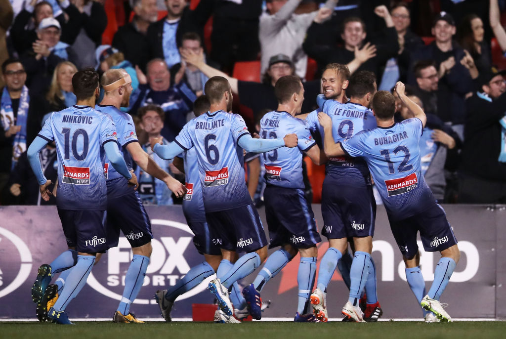 PENRITH, AUSTRALIA - OCTOBER 06: Siem De Jong of Sydney FC celebrates with team mates after scoring a goal during the FFA Cup Semi Final match between the Western Sydney Wanderers and Sydney FC at Panthers Stadium on October 6, 2018 in Penrith, Australia. (Photo by Matt King/Getty Images)
