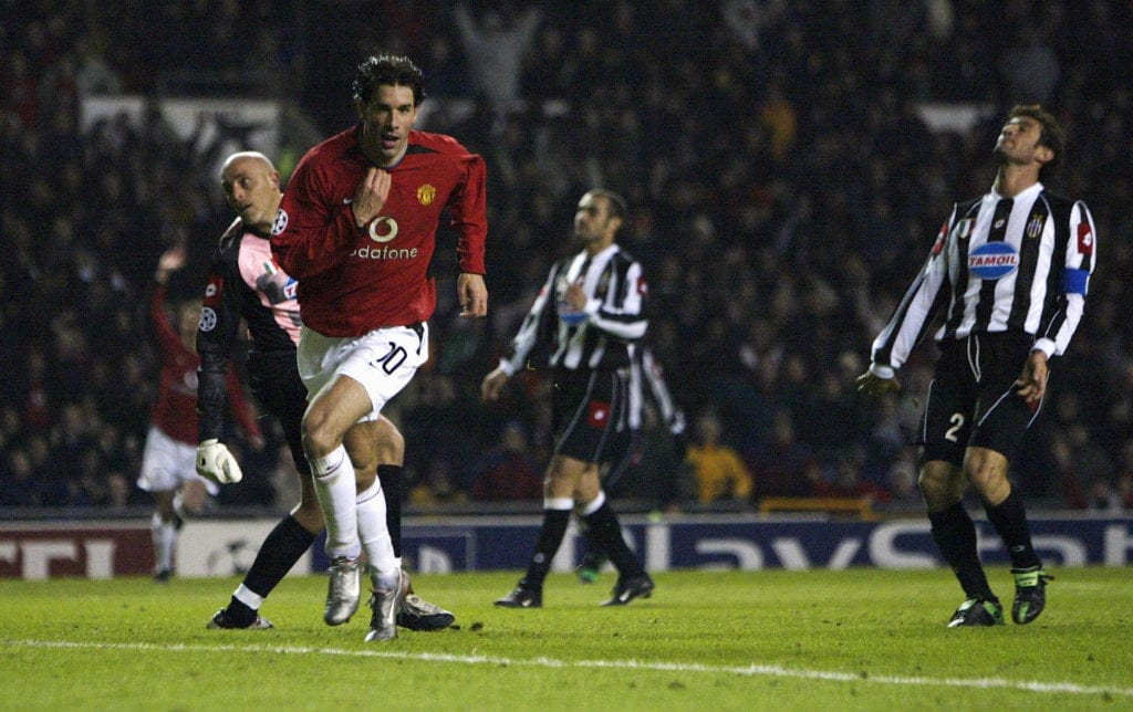 Ruud Van Nistelrooy celebrates the 2nd goal