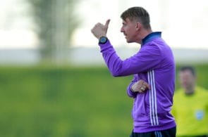 MADRID, SPAIN - MARCH 08: Head coach Jose Maria Gutierrez alias Guti of Real Madrid CF thumbs up during the UEFA Youth League Quarter Final match between Real Madrid CF and AFC Ajax at Estadio Alfredo Di Stefano on March 8, 2017 in Madrid, Spain. (Photo by Gonzalo Arroyo Moreno/Getty Images)