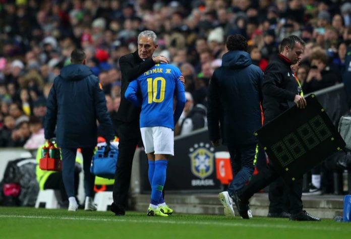 Injured Neymar Could Miss The Copa America In Brazil Ronaldocom