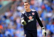 READING, ENGLAND - JULY 28: Vito Mannone of Reading during the Pre-Season Friendly between Reading and Crystal Palace at Madejski Stadium on July 28, 2018 in Reading, England. (Photo by Marc Atkins/Getty Images)
