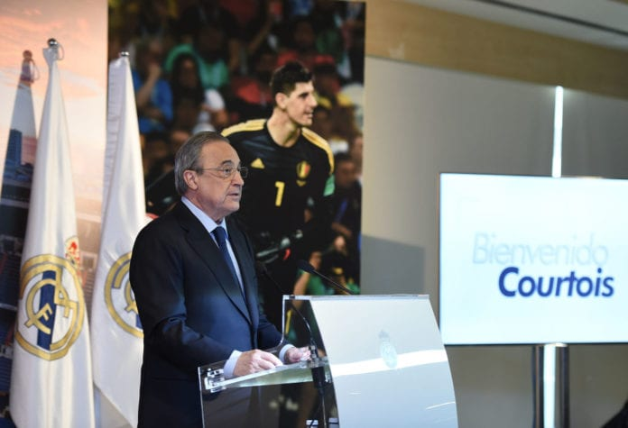 MADRID, SPAIN - AUGUST 09: Real Madrid President Florentino Perez addresses members of the press during his presentation of Thibaut Courtois for Real Madrid after Courtois signed a six-year-deal with Real Madrid at Estadio Santiago Bernabeu on August 9, 2018 in Madrid, Spain. (Photo by Denis Doyle/Getty Images)
