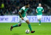 BREMEN, GERMANY - DECEMBER 07: Claudio Pizarro of Bremen runs with the ball during the Bundesliga match between SV Werder Bremen and Fortuna Duesseldorf at Weserstadion on December 07, 2018 in Bremen, Germany. (Photo by Martin Rose/Bongarts/Getty Images)