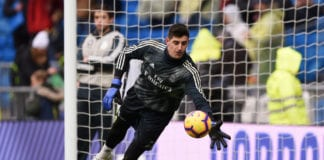 MADRID, SPAIN - JANUARY 19: Thibaut Courtois of Real Madrid warms up prior to the La Liga match between Real Madrid CF and Sevilla FC at Estadio Santiago Bernabeu on January 19, 2019 in Madrid, Spain. (Photo by Denis Doyle/Getty Images)