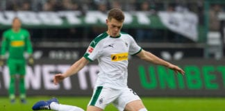 MOENCHENGLADBACH, GERMANY - JANUARY 26: Matthias Ginter of Moenchengladbach passes the ball during the Bundesliga match between Borussia Moenchengladbach and FC Augsburg at Borussia-Park on January 26, 2019 in Moenchengladbach, Germany. (Photo by Juergen Schwarz/Bongarts/Getty Images)