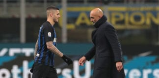 MILAN, ITALY - FEBRUARY 03: FC Internazionale coach Luciano Spalletti and Mauro Emanuel Icardi of FC Internazionale look dejected at the end of the Serie A match between FC Internazionale and Bologna FC at Stadio Giuseppe Meazza on February 3, 2019 in Milan, Italy. (Photo by Emilio Andreoli/Getty Images)