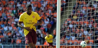 BLACKPOOL, ENGLAND - APRIL 10: Abou Diaby of Arsenal celebrates scoring the opening goal during the Barclays Premier League match between Blackpool and Arsenal at Bloomfield Road on April 10, 2011 in Blackpool, England. (Photo by Chris Brunskill/Getty Images)
