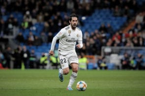 Could Isco replace Silva?