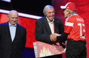 MOSCOW, RUSSIA - NOVEMBER 30: Gordon Banks of England greets a Super Fan on the stage after the rehearsal for the 2018 FIFA World Cup Draw at the Kremlin on November 30, 2017 in Moscow, Russia. (Photo by Shaun Botterill/Getty Images)