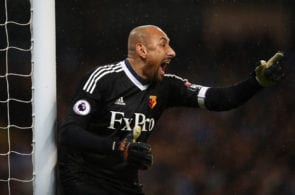 MANCHESTER, ENGLAND - JANUARY 02: Heurelho Gomes of Watford shouts instructions during the Premier League match between Manchester City and Watford at Etihad Stadium on January 2, 2018 in Manchester, England. (Photo by Julian Finney/Getty Images)