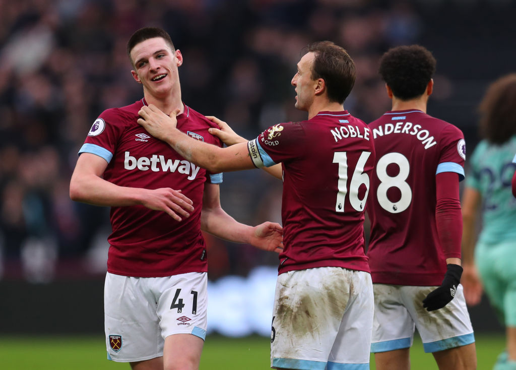 LONDON, ENGLAND - JANUARY 12: Mark Noble of West Ham United celebrates with Declan Rice of West Ham United after the Premier League match between West Ham United and Arsenal FC at London Stadium on January 12, 2019 in London, United Kingdom. (Photo by Catherine Ivill/Getty Images)