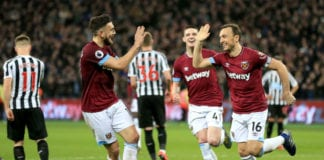 LONDON, ENGLAND - MARCH 02: Mark Noble of West Ham United celebrates with teammates after scoring his team's second goal during the Premier League match between West Ham United and Newcastle United at London Stadium on March 02, 2019 in London, United Kingdom. (Photo by Stephen Pond/Getty Images)