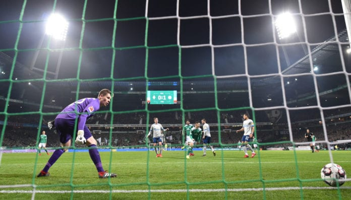 BREMEN, GERMANY - MARCH 08: Milot Rashica of Bremen scores his first goal during the Bundesliga match between SV Werder Bremen and FC Schalke 04 at Weserstadion on March 08, 2019 in Bremen, Germany. (Photo by Stuart Franklin/Bongarts/Getty Images)