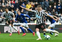 NEWCASTLE UPON TYNE, ENGLAND - MARCH 09: Matt Ritchie of Newcastle United shoots from a penalty which is saved by Jordan Pickford of Everton (unseen) during the Premier League match between Newcastle United and Everton FC at St. James Park on March 09, 2019 in Newcastle upon Tyne, United Kingdom. (Photo by Mark Runnacles/Getty Images)