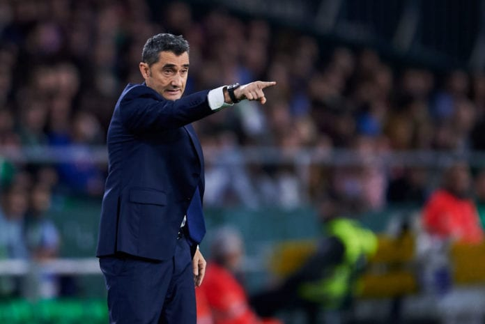 SEVILLE, SPAIN - MARCH 17: Head coach Ernesto Valverde of FC Barcelona reacts during the La Liga match between Real Betis Balompie and FC Barcelona at Estadio Benito Villamarin on March 17, 2019 in Seville, Spain. (Photo by Aitor Alcalde/Getty Images)